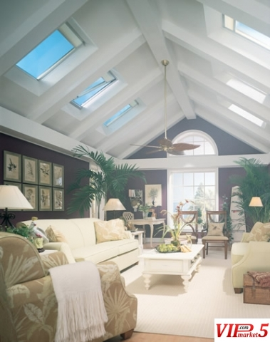 Krovni prozori velux prodazba i montaza for Large skylight