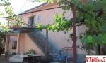 Продавам куќа на ул.Белградска бр.35, Велес